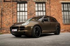 Porsche Cayenne S Matt Bond Gold