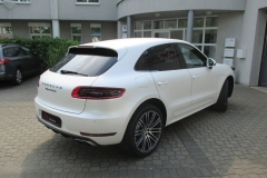 Porsche Macan Matt Diamond White