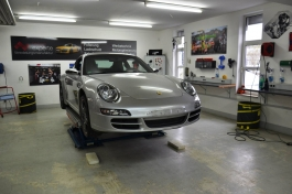 Porsche 991 Avery SWF Gloss White1